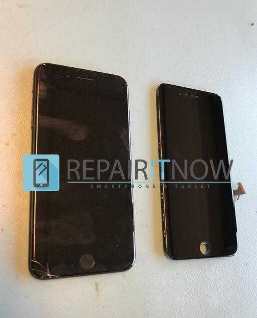 iPhone 7 plus met een kapot glas en een iPhone 7 plus zwart scherm